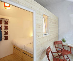 Huetten Palast Hotel in Berlin Offers You Outdoors-like Rooms Inside
