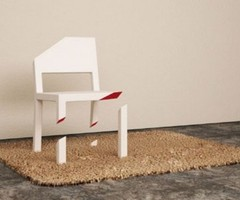 Optical Illusion Chair With Only One Whole Leg