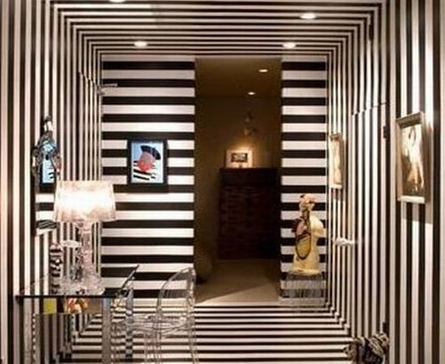 Wall Painting Designs Stripes, Color Glory: Painted striped wall brings a new textured look to your home