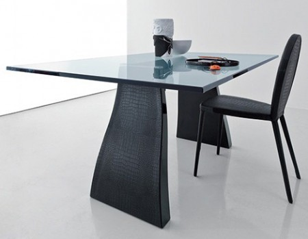 Contemporary Glass Dining Table, Contemporary Glass Dining Table with Leather Chairs by Compar