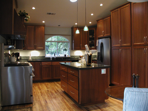 Red oak kitchen cabinets 1 499 classified ad design for Dark red kitchen cabinets