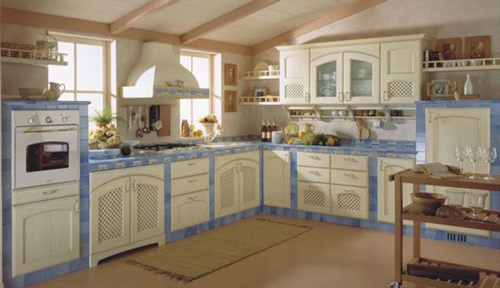 Romantic Traditional Kitchen, Delightful Wooden Traditional Kitchen Set Design Picture