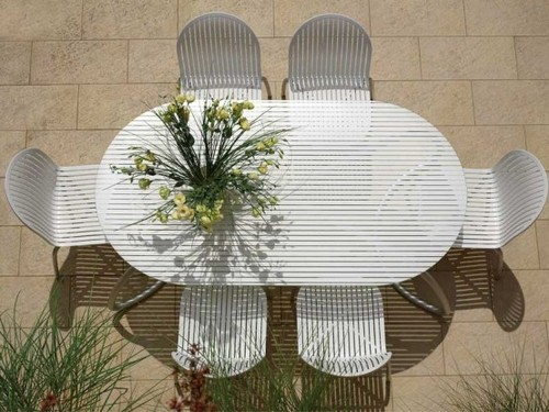 Modern Outdoor Table And Chairs Design, Outdoor Chairs Furnitur by Koji