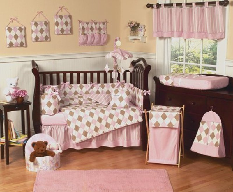 Baby girl nursery ideas casual cottage - Baby girl room decor pictures ...