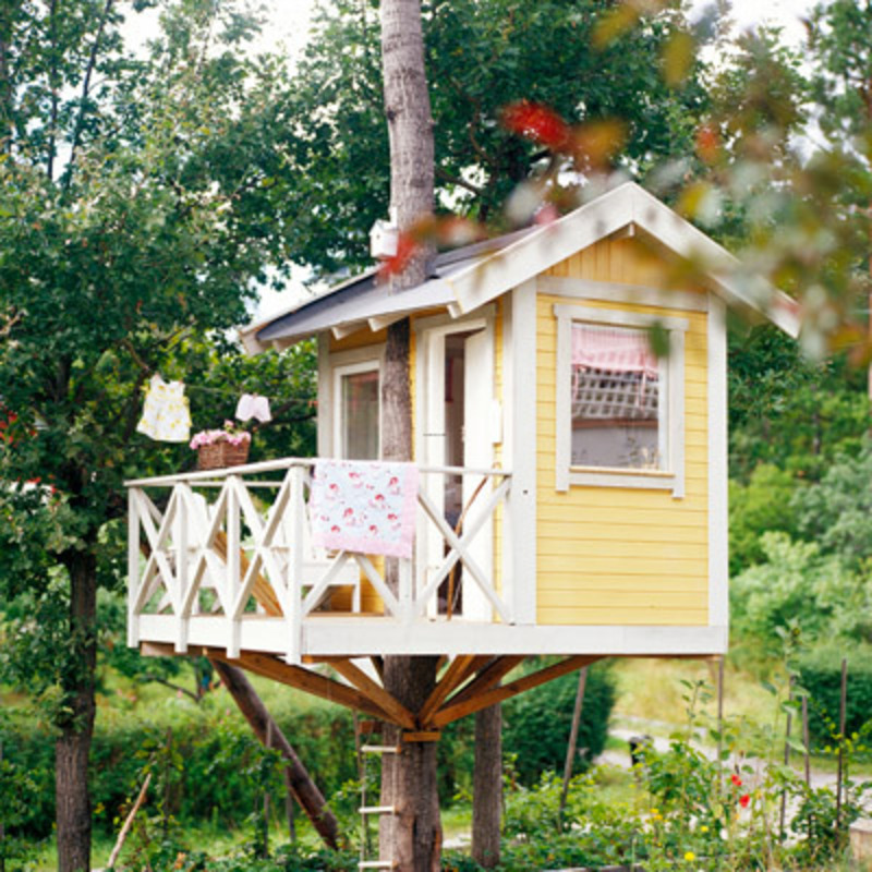 Making simple modern tree house design design bookmark 2128 for Treehouse designers