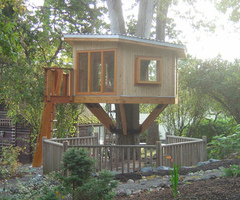 Making Simple Modern Tree House Design