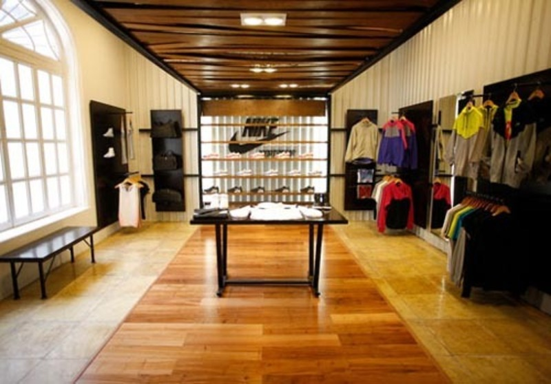 Collection interior design stock photos mexico nike for Boutique interior design