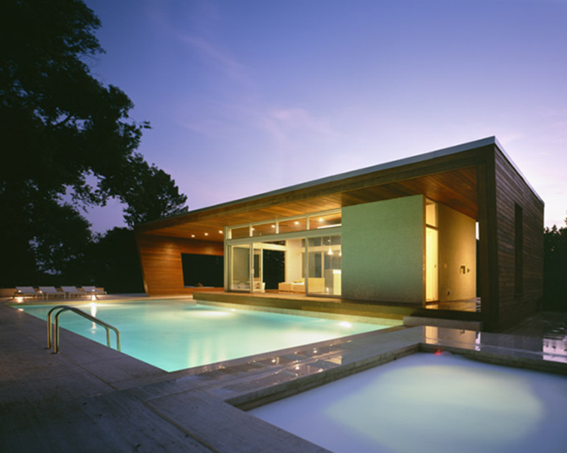 Green house decorating with pool ultra modern architecture Modern green home