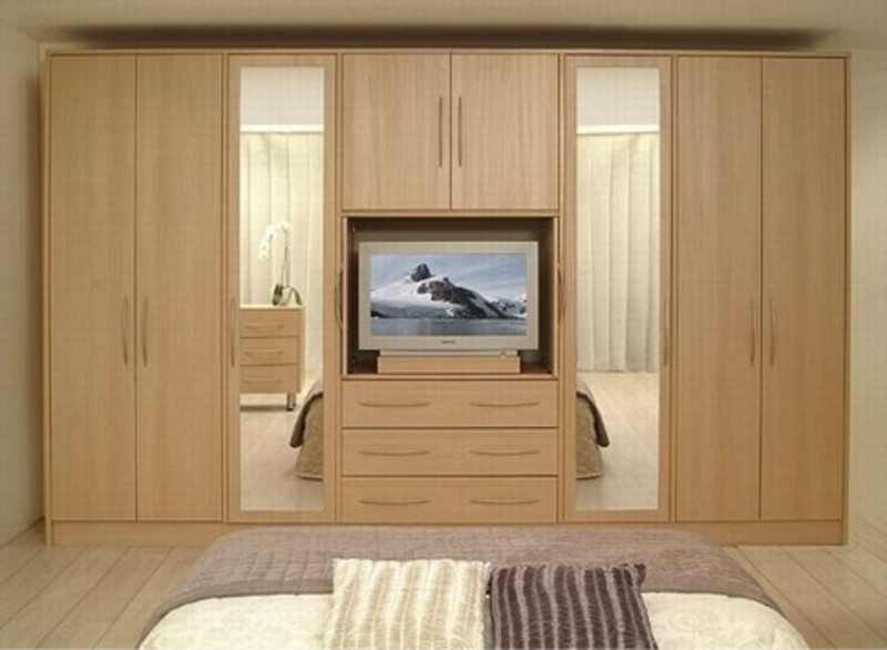 Bedroom furnitures wardrobe dressing table almirah cot - Beautiful bedroom built in cupboards ...
