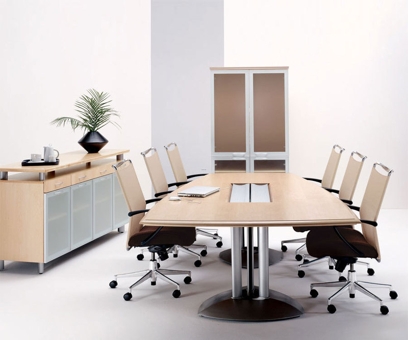 room conference and meeting room design with modern office furniture