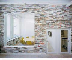 Wall Decor: Magazines as a Construction Material