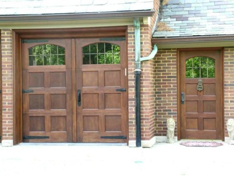 Custom Wood Garage Doors Design Bookmark 3049