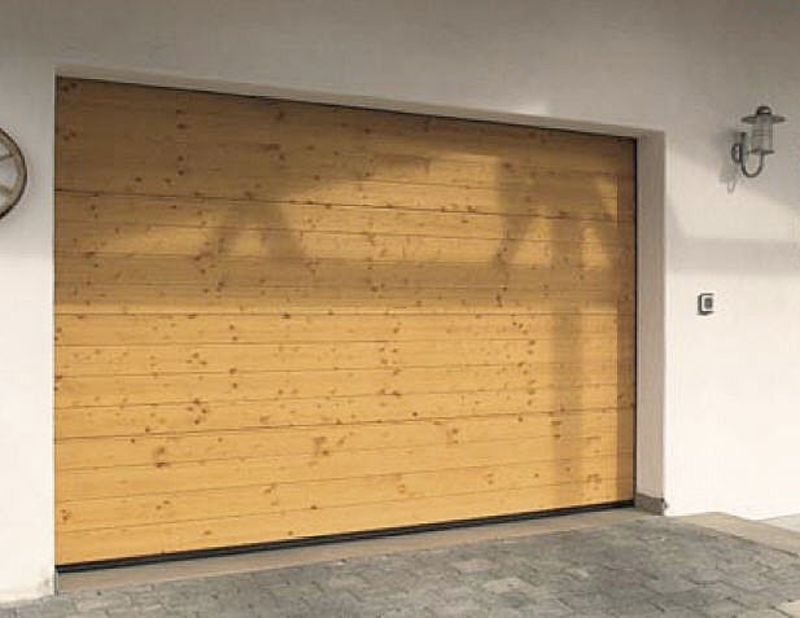 Wooden Sectional Garage Door Design Bookmark 3071