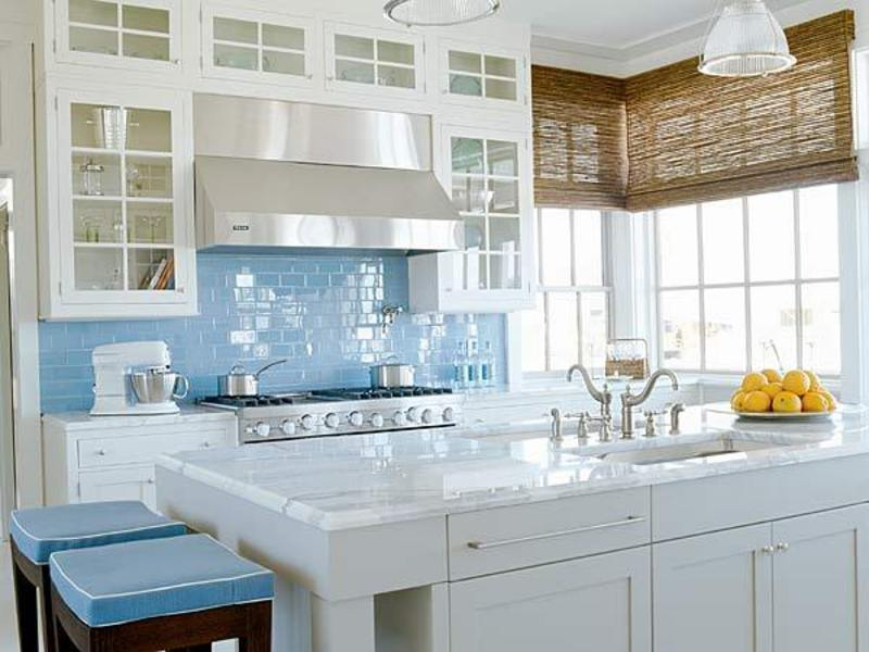 Perfect Blue with White Tile Kitchen Backsplash 800 x 600 · 71 kB · jpeg