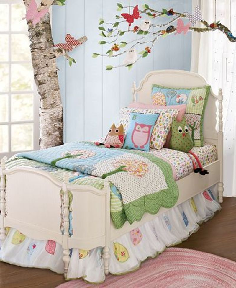 Pottery barn kids catalog photograph pottery barn kids po for Pottery barn kids rooms