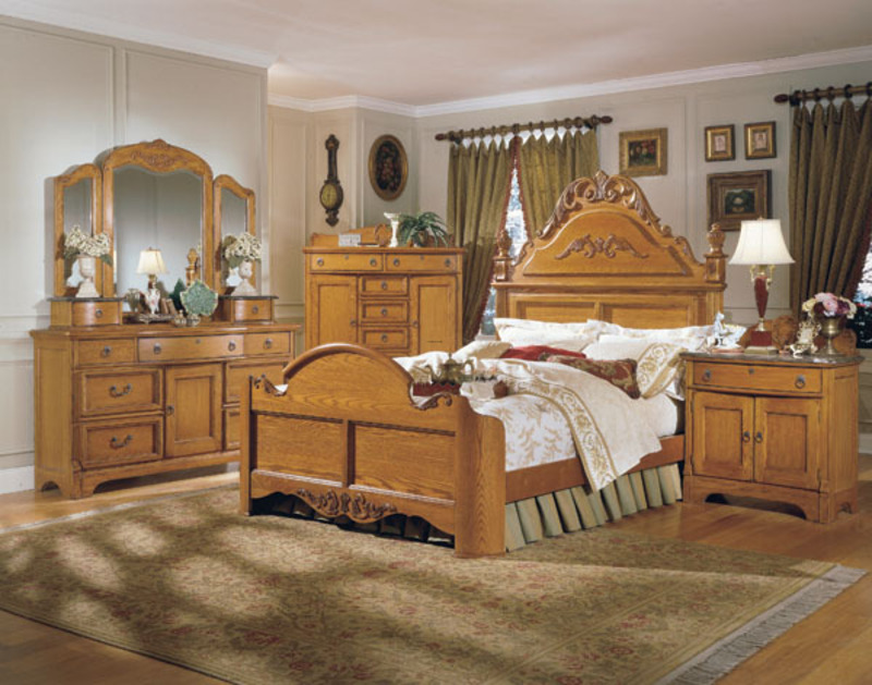 Oak Bedroom Furniture – Comparing The Gothic Style Vs. The Country ...