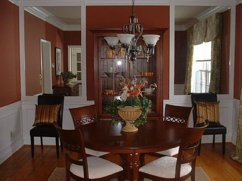 Dining Room Chandelier, Crystal Chandelier – Making a big improvement on the overall Look of Dining room