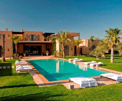 Moroccan Villa with Beautiful Outdoor Pool – Mansion Dar Maghza Morocco  /  Home Trends