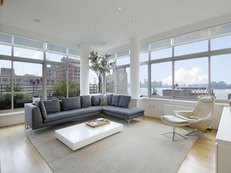 Modern Condo Living Room Design 800 x 600