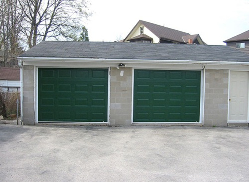 Garage designs modern door design ideas to make perfect car for Car garage interior design
