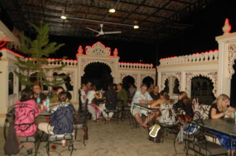Top Roof Restaurant, Mayur Cafe Roof Top Restaurant Reviews, Udaipur, India