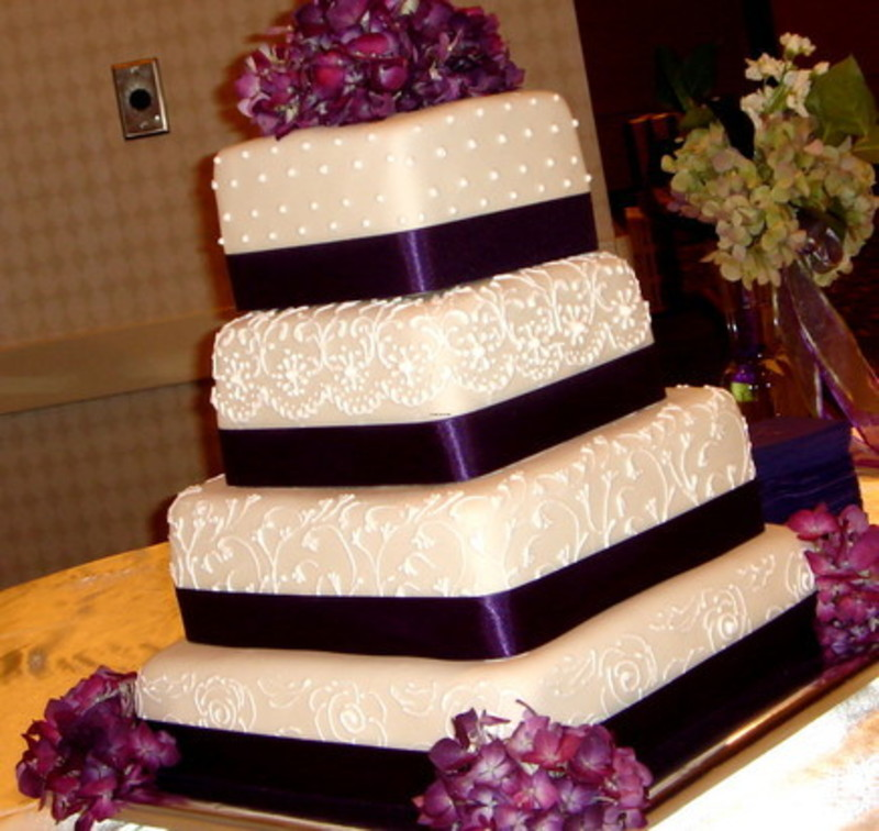 Purple Wedding Decorations, Wanted: purple/cream wedding looking for linens, decor items, centerpiece, etc « Weddingbee Classifieds