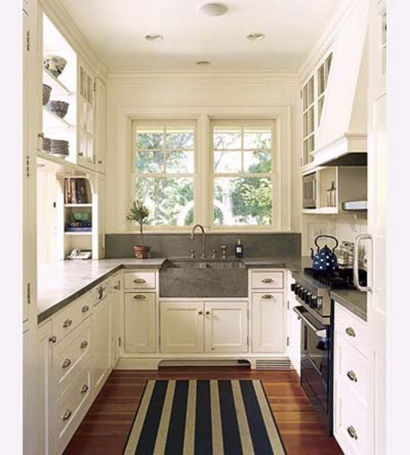Efficient galley kitchens design bookmark 7313 for Galley kitchen remodel