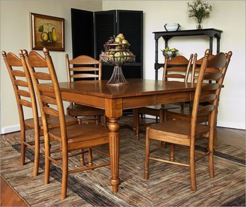 French Dining Room Set: Decor For World: French Country / Provincial Dining Sets