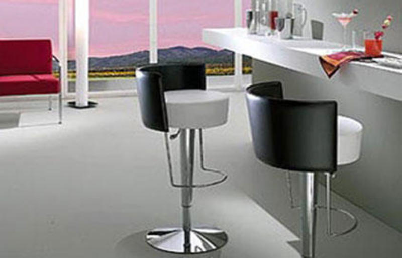 20 chaises de bar pour cuisine ouverte design bookmark 7655 for Chaise de bar transparente