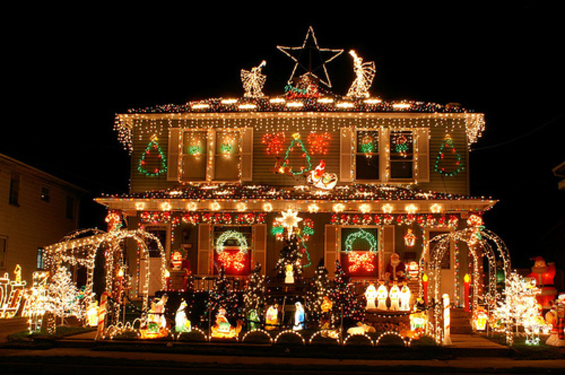 Christmas lights etc outdoor christmas decorations - Ideas with christmas lights ...