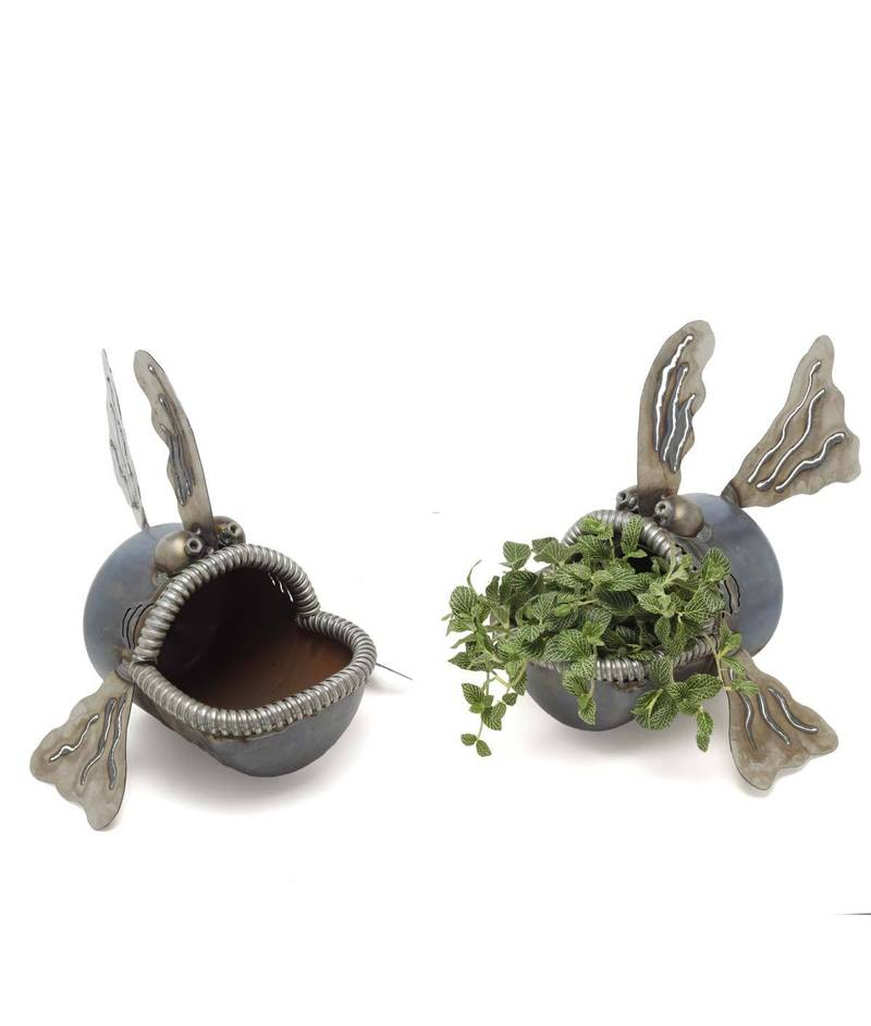 Fish lawn sculpture design bookmark 7899 for Unique yard decorations