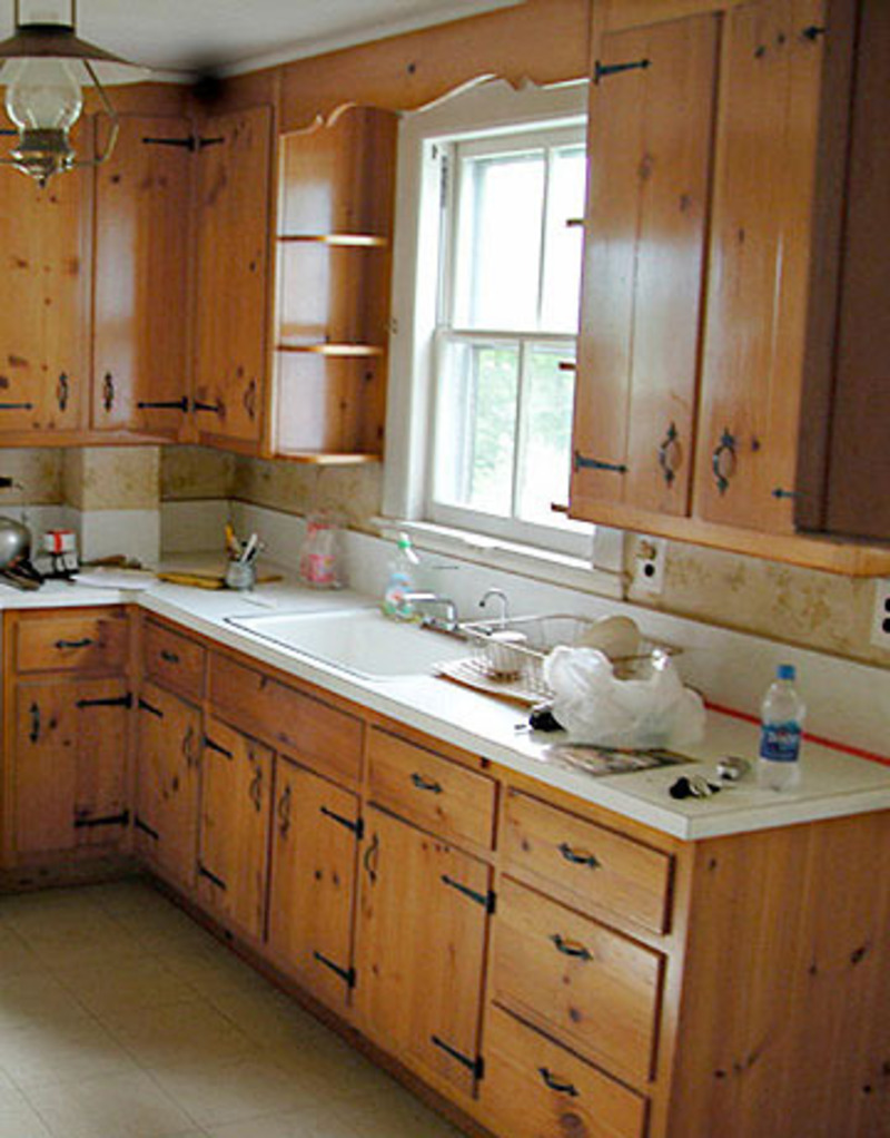 Small kitchen remodel design bookmark 8255 for Tiny kitchen remodel