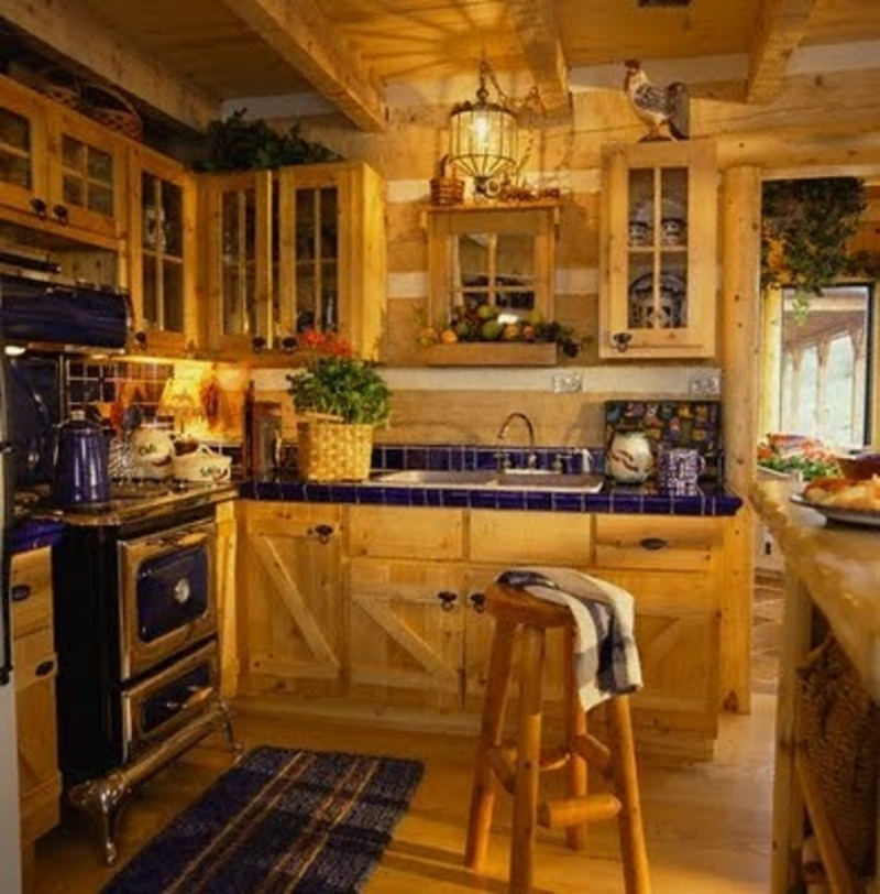Italian style kitchen ideas afreakatheart for Country kitchen cabinets