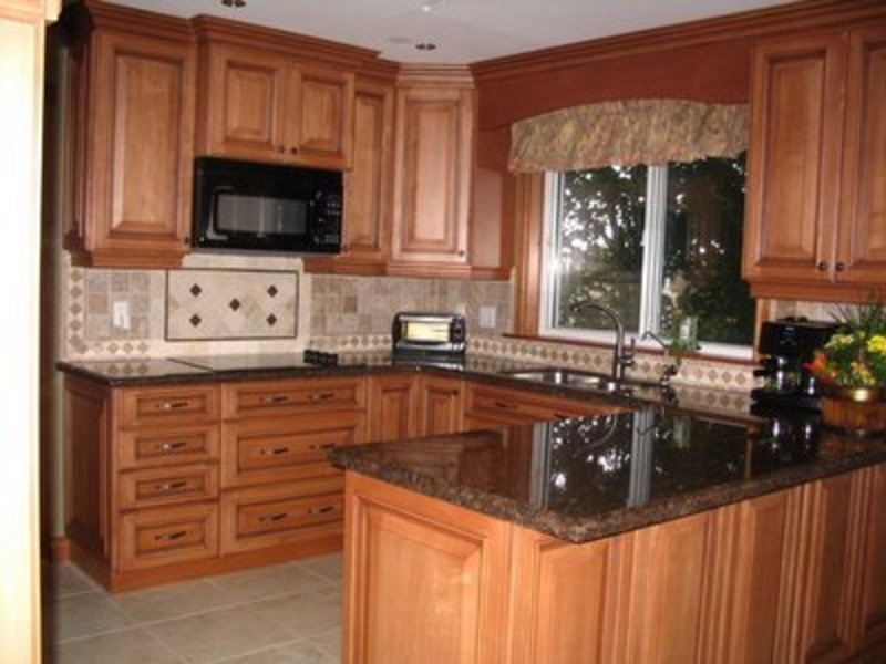 Kitchen paint painting kitchen cabinets design bookmark 8384 - Small kitchen paint ideas ...