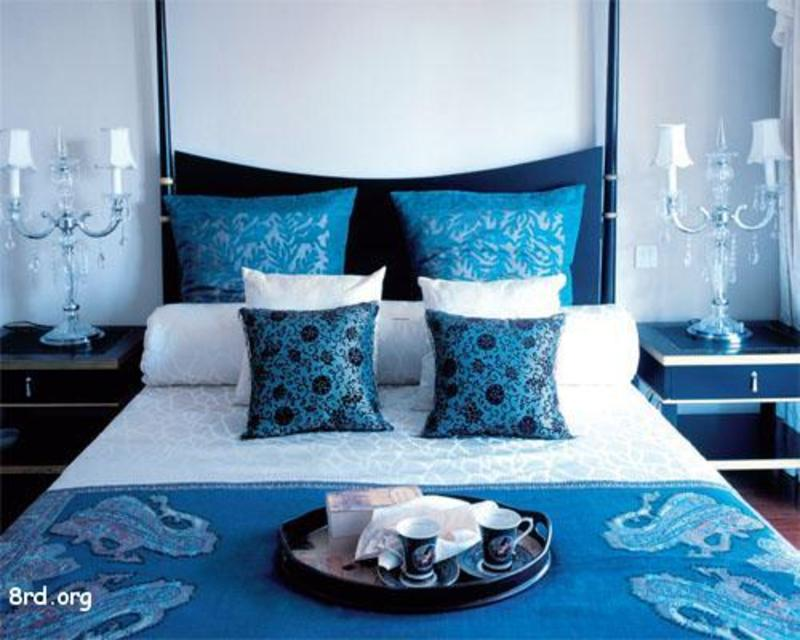 Reset your bedroom using blue bedroom designs ideas pictures photos of home and house designs - Blue bedroom ideas ...