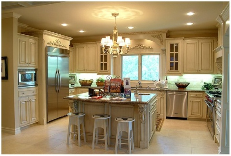 Small kitchen cabinets paint ideas car interior design for Small kitchen redesign
