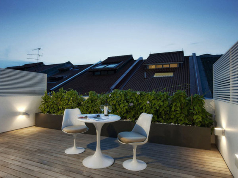 Rooftop Terrace Design Ideas, Peaceful Contemporary Roof Terrace Idea By Amir Schlezinger With Warm Yellow Light Under The Bold Shaped Planter