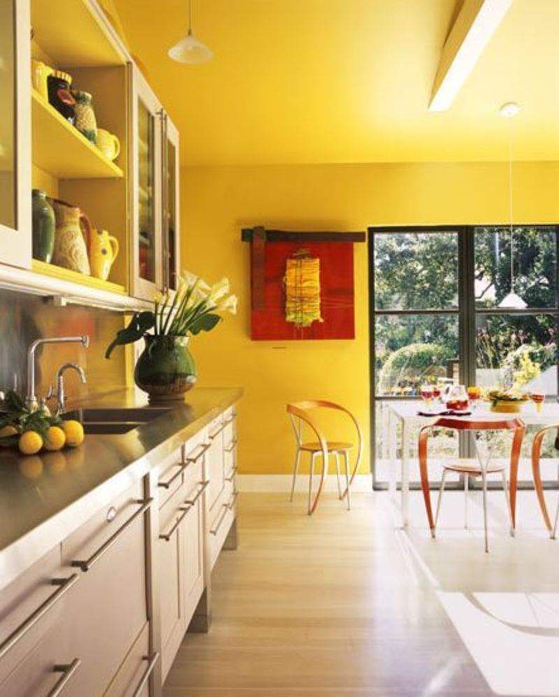 Yellow walls are provocative design bookmark 8682 - Yellow interior house design photos ...