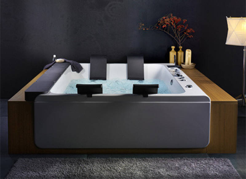 Whirlpool Tub Design Ideas, Large Whirlpool Bathtubs Design Ideas