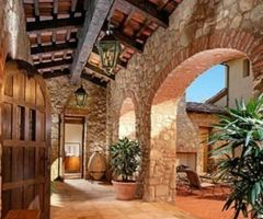 What Makes Tuscan Landscape Design So Elegant?