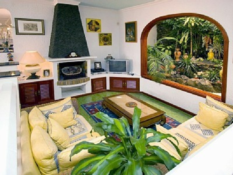 Healthy lifestyle with indoor garden design great home for Healthy home designs