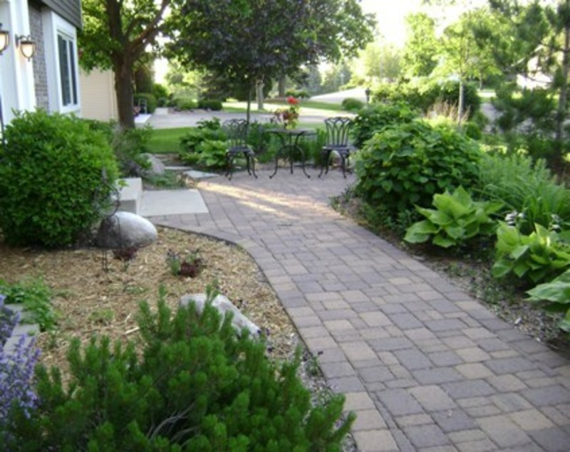 Garden Front Yard Landscaping Ideas 800 x 635