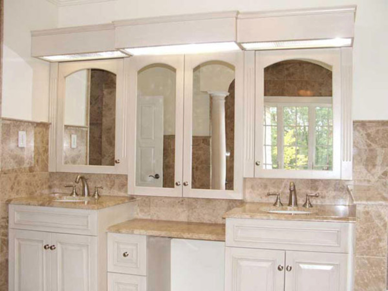 Stephen cabitt company cabinetmakers painted master for Master bathroom vanity single sink