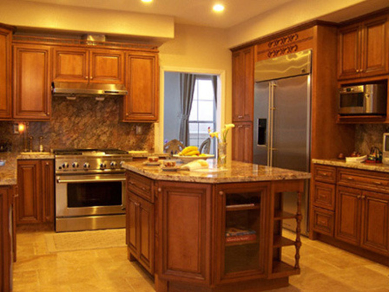 Kitchen cabinet showroom coffee glaze maple design for Maple kitchen cabinets