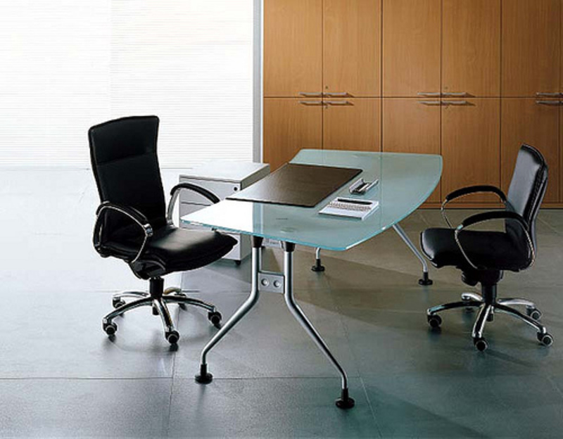 Features of contemporary office furniture design for Office desk features