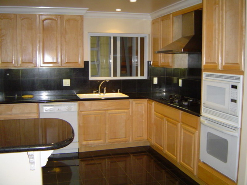 maple kitchen cabinets concept designs ideas and photos