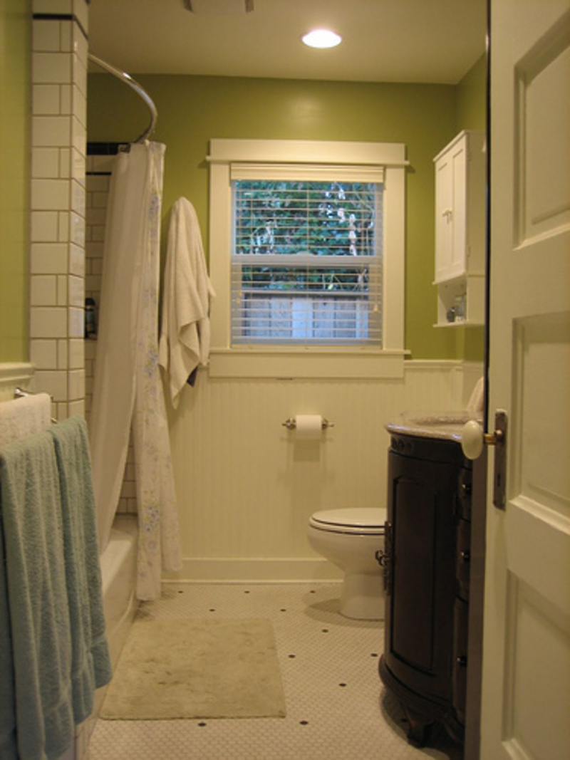 Small bathroom ideas design bookmark 9416 for Pictures of small bathroom designs
