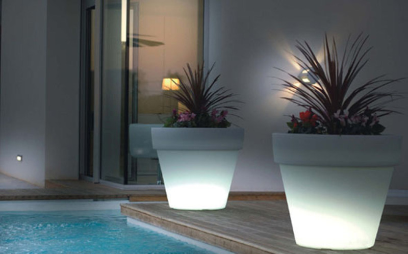 Indoor Garden Lighting Design, Indoor Garden Lighting Pots White Design By Vondom