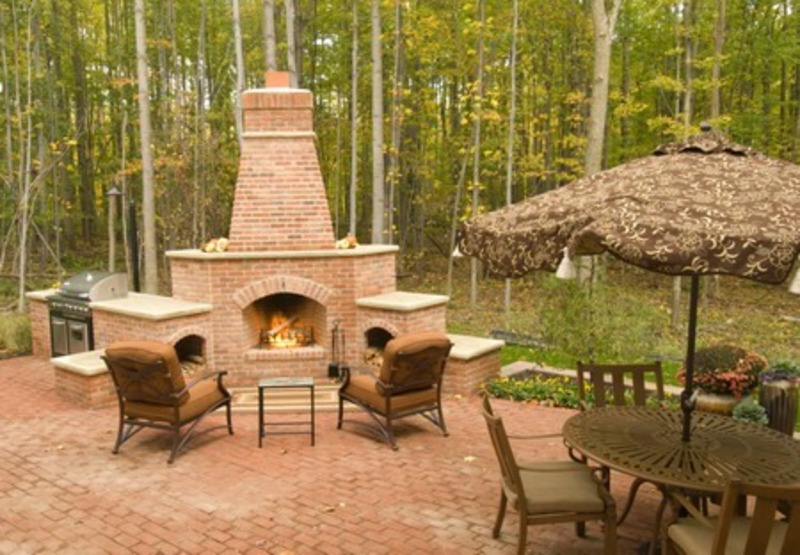 Outdoor Brick Fireplace Design Ideas 800 x 555