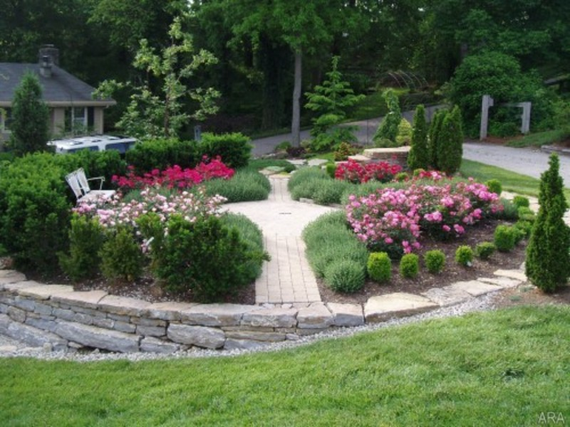Front Yard Design With River Rock Landscaping / design bookmark #